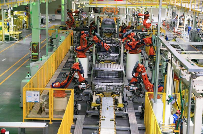 超級卡車工廠生產車間.jpg